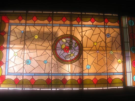 The Samuel Sewall Inn: Stained Glass Window at the Inn