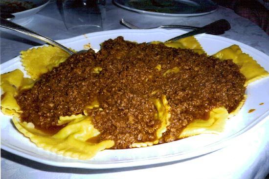 Villa Campestri Olive Oil Resort: Tortelloni w/Ragu Prepared by Let's Go Cook Italian Guest