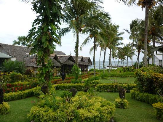 Madang, Papua New Guinea: Beautiful Tropical Gardens