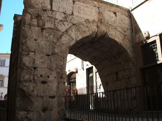 Arco DI Druso : アーチ