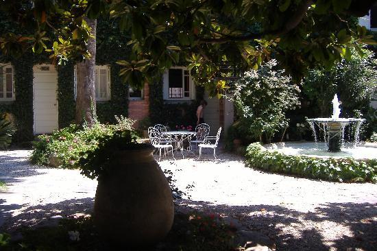 Casa Pairal: the garden of the hotel