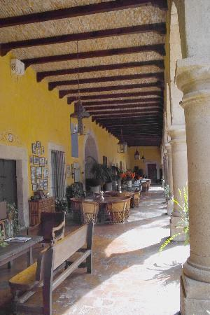 Hacienda El Carmen Hotel & Spa: The dining room