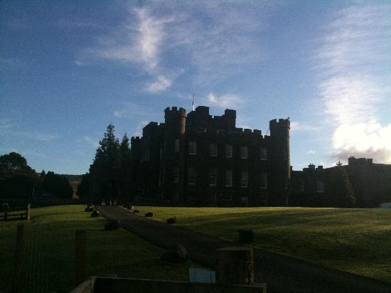 Stobo Castle: Grounds and castle are stunning, we found complete peace and relaxation here.
