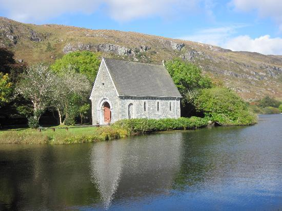 Kenmare, Irland: The Church at Gougane Barra