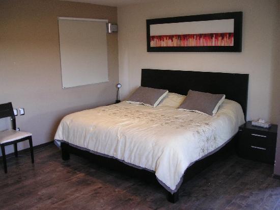 Terrasse Hotel: Cama King Size del cuarto nupcial (21)