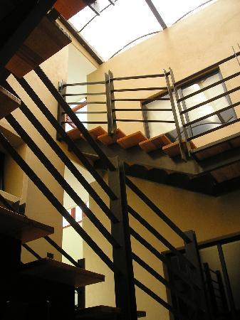 Terrasse Hotel: Escaleras