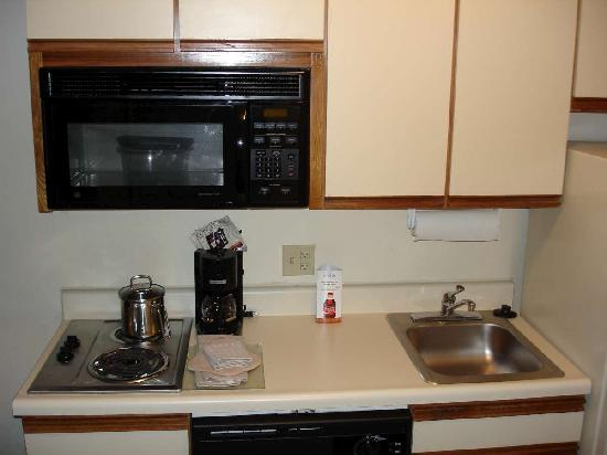Candlewood Suites Minneapolis - Richfield: Kitchen