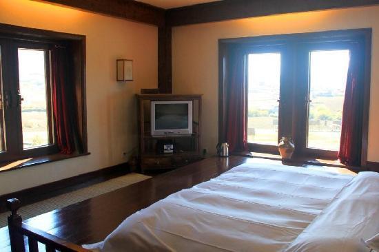 ซองแซมรีทรีทแอทแชงการีลา - เอ็มแกลเลอรี่ คอลเล็คชั่น: Junior suite bedroom