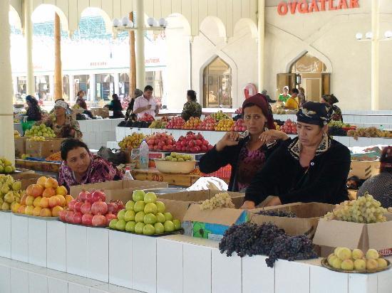 Uzbekistán: Típico mercado uzbeka