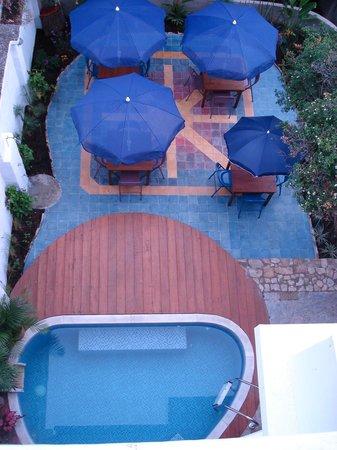 Jardin Azul: Area Piscina