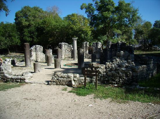 Butrinti Hotel: Butrinti archeological site