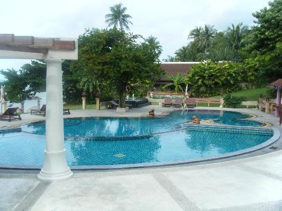 Banburee Resort & Spa: Pool Side
