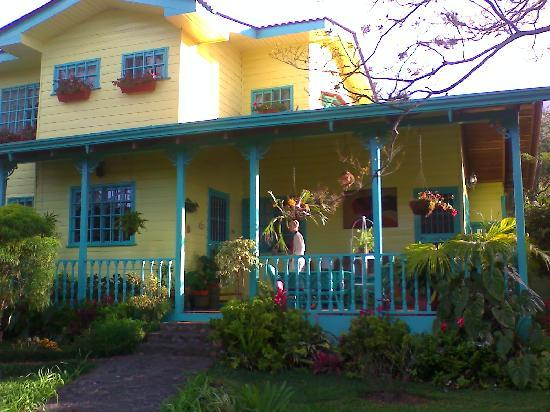 Santa Teresa, Costa Rica: B&B on Pacific Arenal adventure