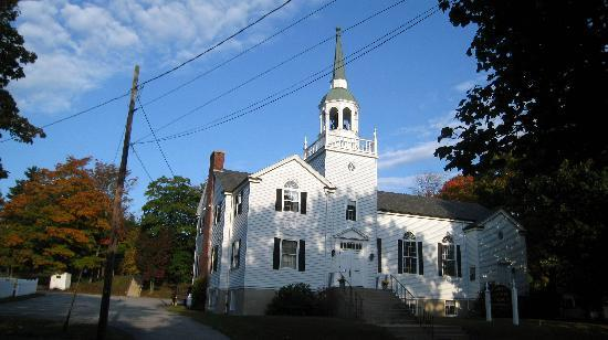The Village Inn: Church across the street