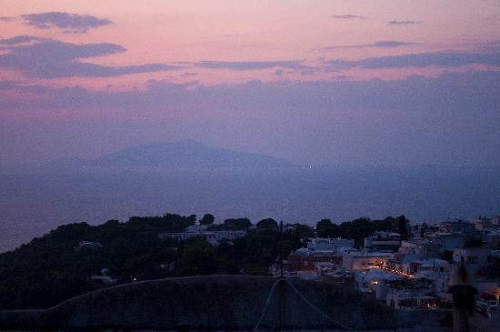 B&B Tramonto - The Sunset: The view at sunset was absolutely spectacular
