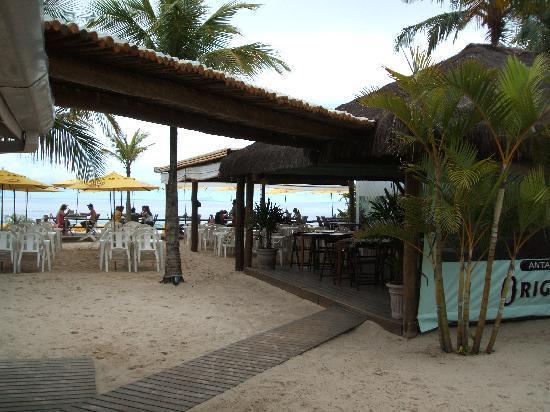 Pousada Azul da Cor do Mar: Strandbar gehört zum Hotel