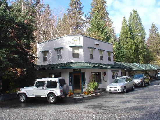 Nevada City, CA: The main lobby building