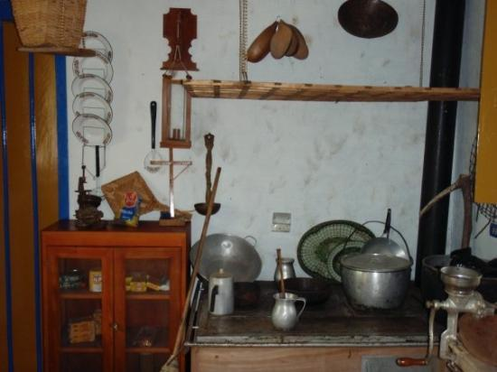 Armenia, Colombia: The National Coffee Park (typical casa campesina or farmers house)