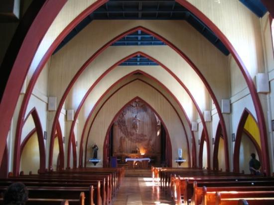 Panguipulli, Chile: dentro de la iglesia