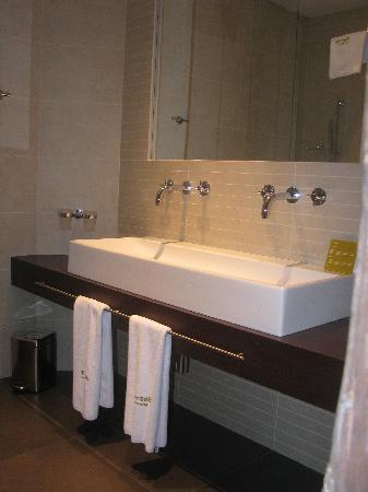 Barcelo Old Town Praha: Salle de bain