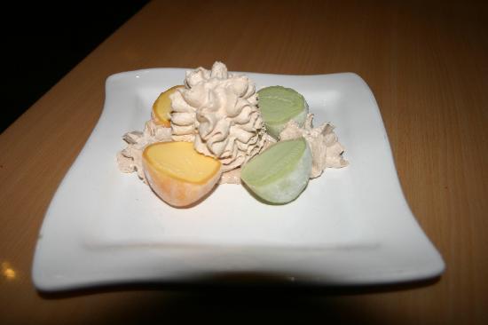 MO MO: MANGO AND GREEN TEA ICE CREAM.