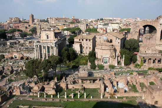 Through Eternity Cultural Association: overlooking the Roman Forum from the Palatine Hill