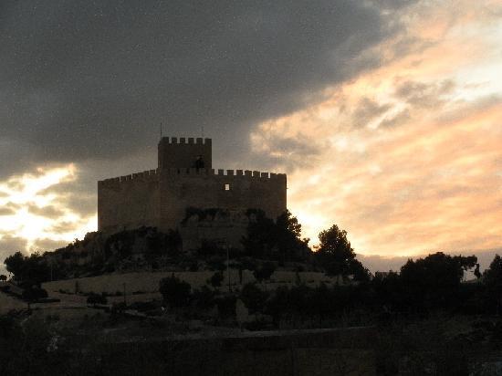Petrer Castle: Castillo de Petrer