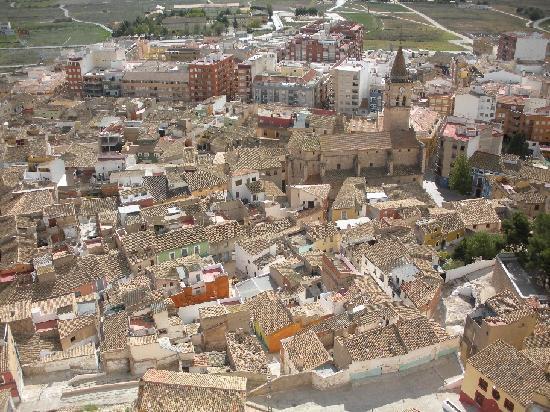Castillo de villena alicante picture of villena - La casa de los aromas villena ...