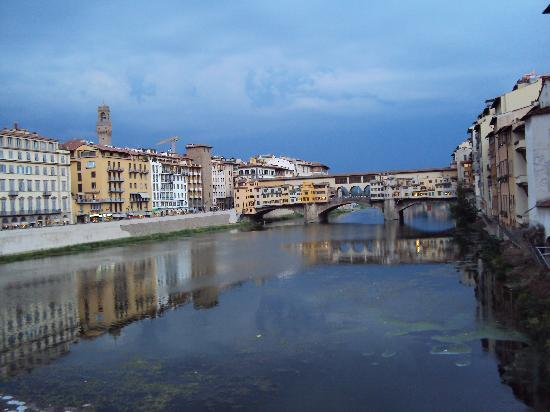 Soggiorno Ponte Rosso Firenze ~ Idee per il design della casa