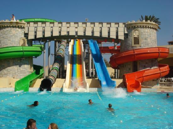 Le Marabout Hotel: great slides