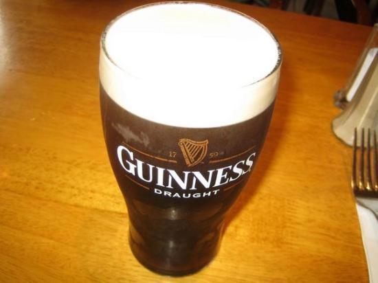 Guinness @ Davitt's  (Kenmare, Ireland)