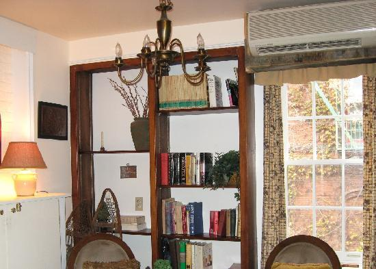 "Cold Spring, NY: ""Morning Ivy"" room"