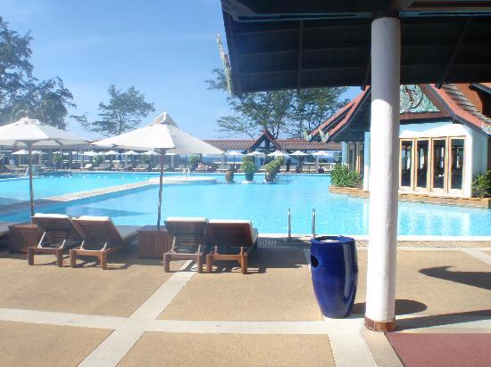 Club Med Phuket : The Pool Area