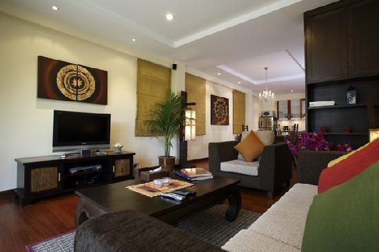 Sunset Apartment Phuket: Living Space