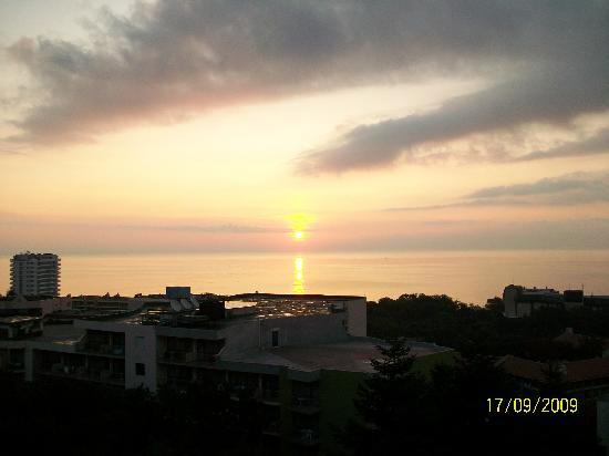 HVD Viva Hotel: sun rise - view from the room