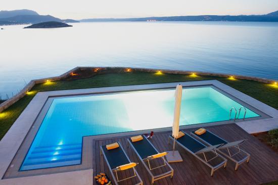 SK Place Crete Luxury Seafront Villas: SKplace: Almyra residence breathtaking scenery