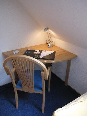 Am Segelhafen Hotel: lo scrittoio