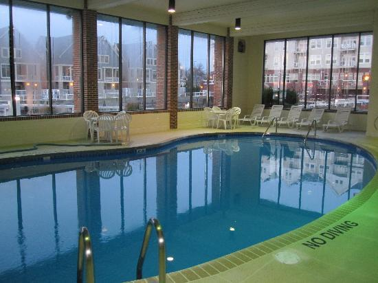Large Clean Pool Picture Of Holiday Inn Port Washington Port