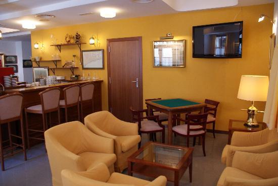 Hostal d'Es Trajo: Salón Bar