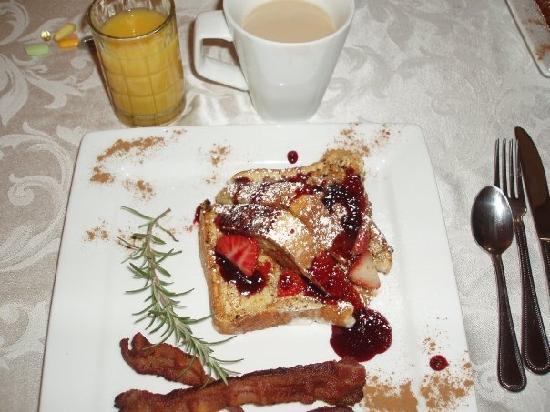 Bruce House Inn: Breakfast - course 2