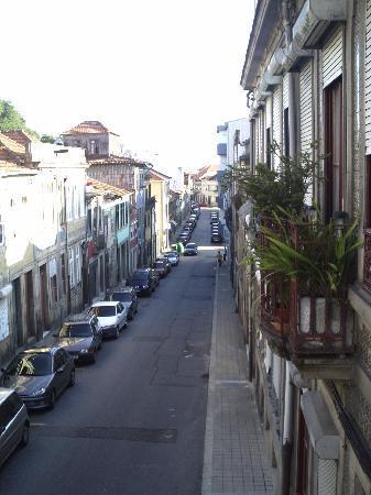 Hotel Grande Rio: Vue du balcon de notre chambre (en bas : Porto centre)
