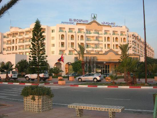 El Mouradi Hammamet: front entrance