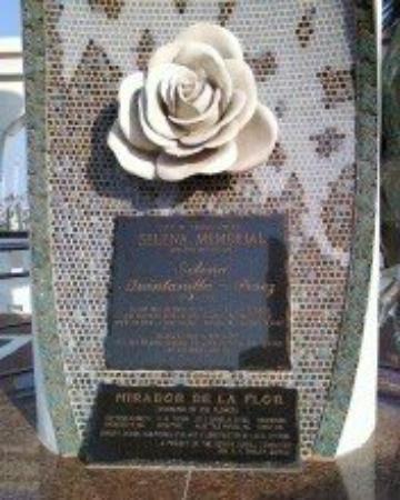 Selena's Memorial @ The Corpus Christi Bay