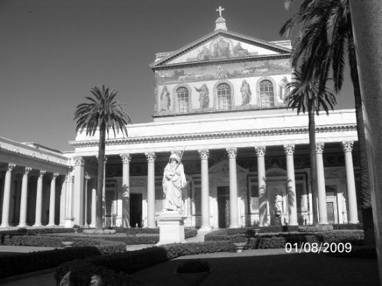 Abbazia di San Paolo Fuori Le Mura: Basilica San Paolo (Roma 09)
