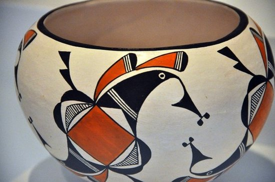 Sky City Cultural Center & Haak'u Museum: Acoma Pottery Displayed in Visitor Center Museum