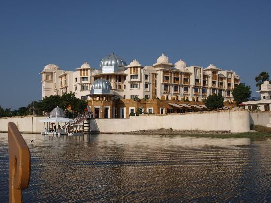 The Leela Palace Udaipur: a view of the hotel as we arrive