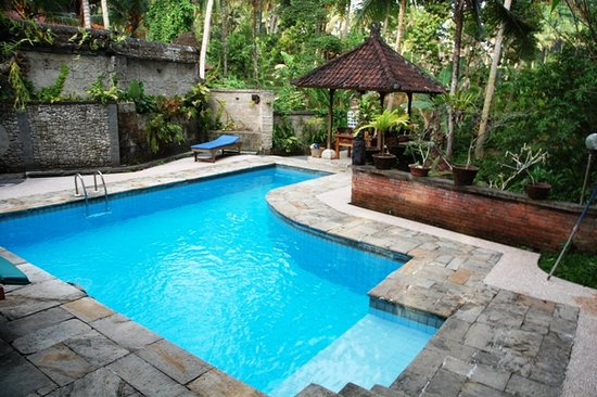 Kebun Indah: Swimming Pool