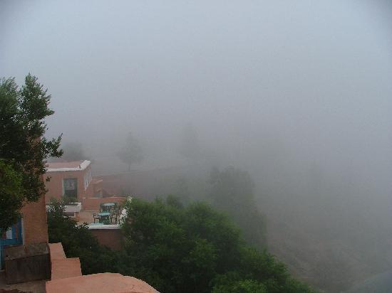 Kerdous Hotel : Petit matin brumeux