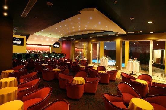 Crowne plaza hotel monterrey aeropuerto apodaca m xico for Areas de un restaurante