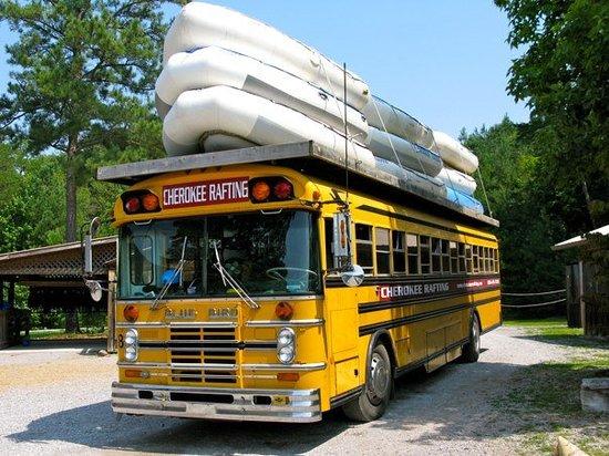 Cherokee Rafting : The bus.